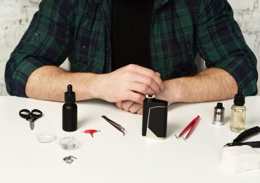 E-Zigarette reinigen: Mit Flüssigkeiten, Ultraschallreiniger, Dryburn